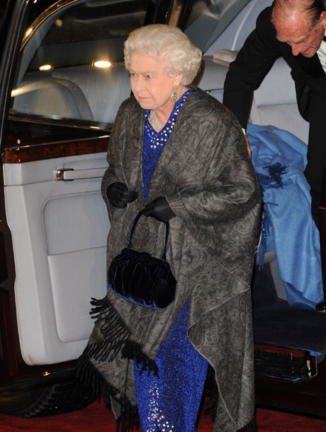 Queen Elizabeth at the Chronicles of Narnia Voyage of the Dawn Treader Premiere 2010