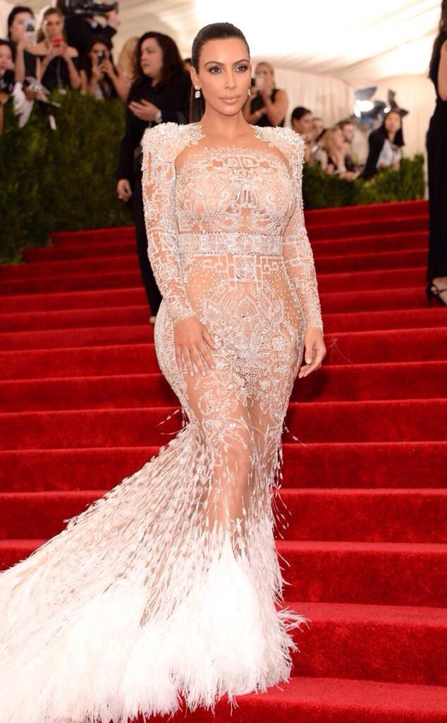 Kim Kardashian - MET GALA 2015 RED CARPET